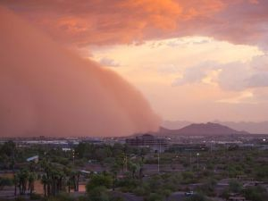 "A ""haboob"" - a massive wall of dust - moves through Phoenix AZ in July of 2014. (photo: azcentral.com)"